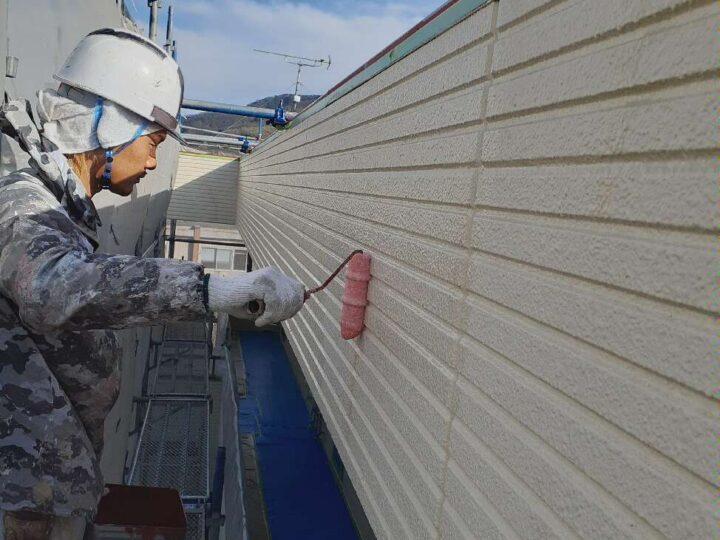外壁塗装【下塗り】